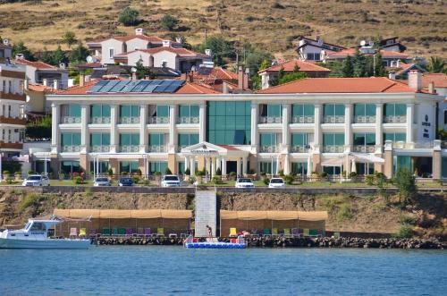 . Cunda Kivrak Hotel