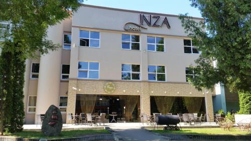 . Inza Hotel