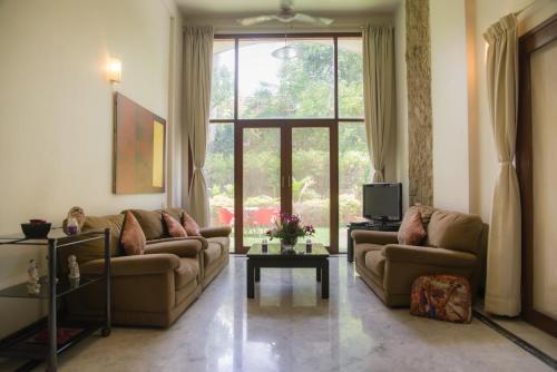 . Hermitage Suites Koregaon Park