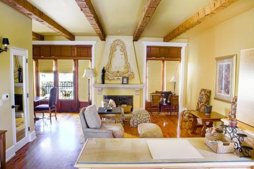 Calipaso Winery & Villa - Paso Robles, CA 93446