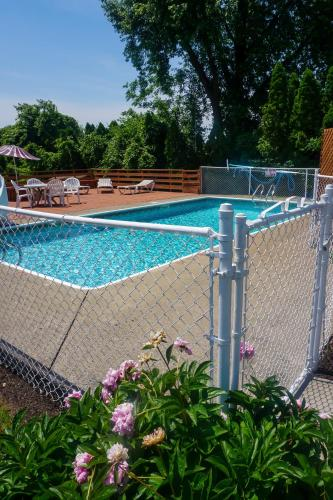 Cocoa Country Inn Hershey At The Park - Hershey, PA 17033