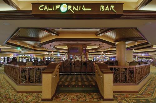 Harrah's Lake Tahoe Hotel & Casino Main image 2