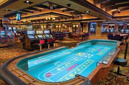 Harrah S Lake Tahoe Hotel Casino In Nv