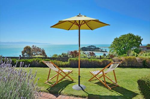 Cliff-top Holiday Home - Nelson