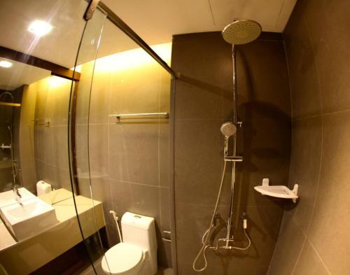 The Bangkok Major Suite photo 14