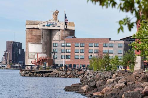 Pier B Resort - Duluth, MN 55802