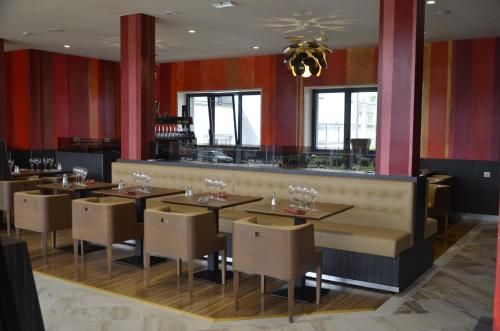 Le Grand Hotel Hotel 1 Porte De Paris 59600 Maubeuge Adresse Horaire