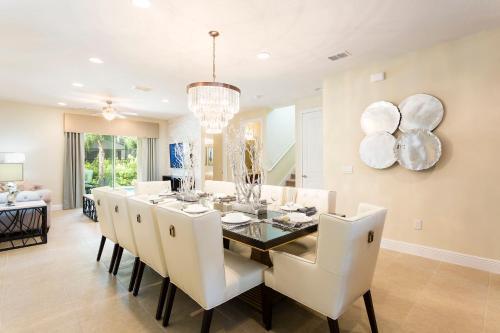 Luxury Villas In Encore Waterpark - Kissimmee, FL 34747