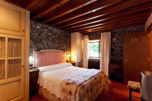 Double Room - single occupancy Hotel Antsotegi 10