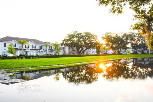 Lucaya Village By Fvh, Kissimmee, FL, United States  Rates from USD59