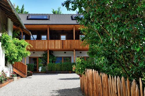 . Apartments Mitterhof 1544
