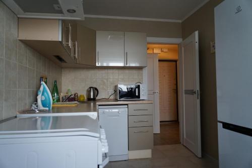 Apartments on Polyanka 30 - image 4
