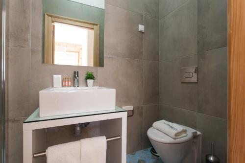 Feels Like Home Rossio Prime Suites photo 120