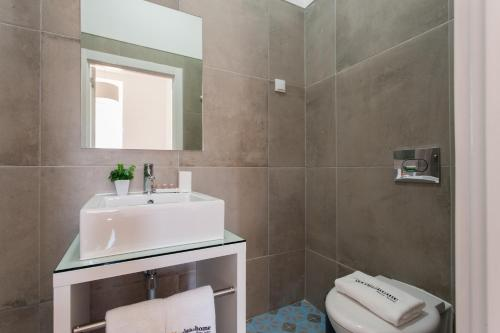 Feels Like Home Rossio Prime Suites photo 133