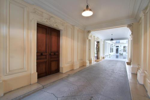 Apartment near Champs Elysées photo 9