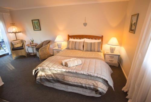 Rolling Hills Country Stay B&B - Accommodation - Tauranga