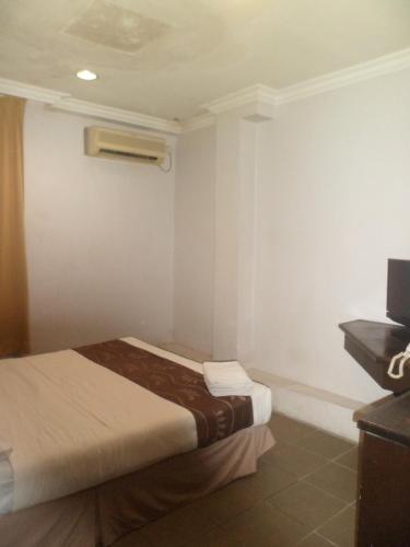 Perdana Hotel 4