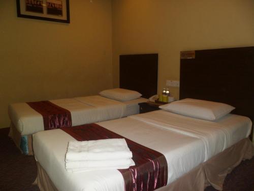 Perdana Hotel 3