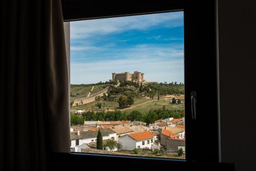 Double or Twin Room with City View Palacio del Infante Don Juan Manuel Hotel Spa 4