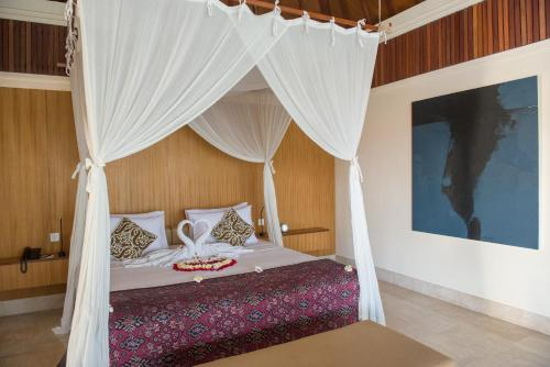 Luxury Offer - Experience Komaneka at Rasa Sayang and Komaneka at Keramas Beach