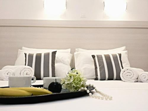 Фото отеля Crown Apartments