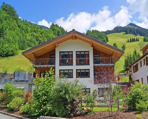 . Alpina Appartements