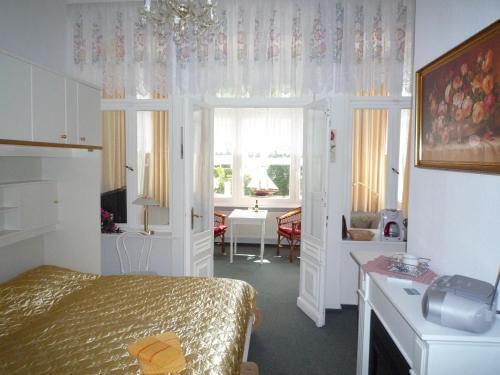 Ferienwohnung Schloß Hohenzollern photo 4