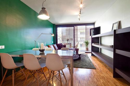 Apartment Barcelona Rentals - Sarria Apartments Near Center photo 7