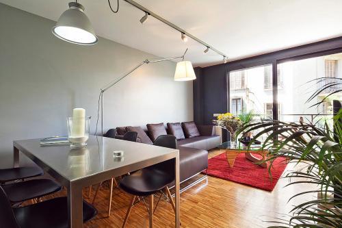 Apartment Barcelona Rentals - Sarria Apartments Near Center photo 12