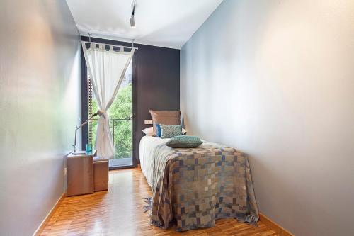 Apartment Barcelona Rentals - Sarria Apartments Near Center photo 15