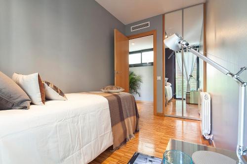 Apartment Barcelona Rentals - Sarria Apartments Near Center photo 17