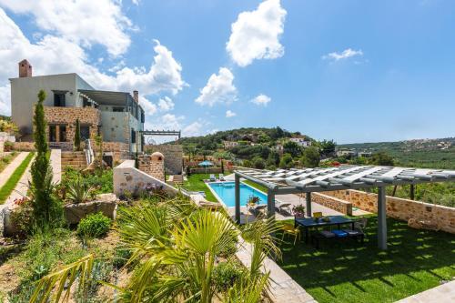 . ERONDAS Cretan Country Villas
