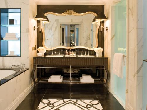 Photo - Four Seasons Hotel Baku
