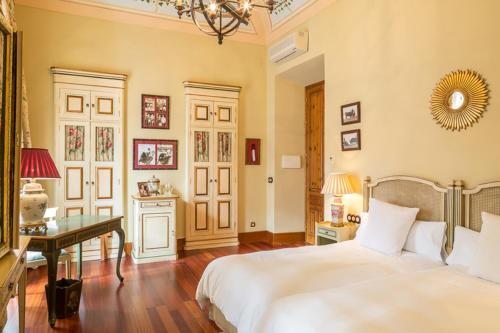 Superior Double or Twin Room Casa Palacio Conde de la Corte 23