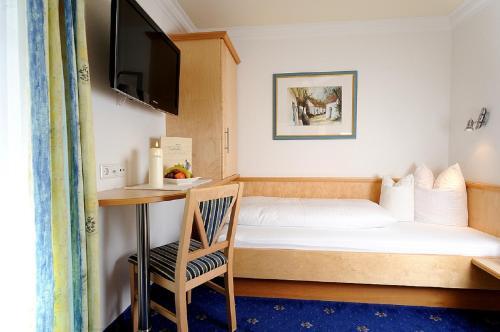 Hotel Garni Valülla - Ischgl