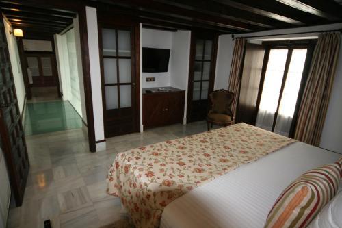 Suite Familiar Palacio San Bartolomé 8