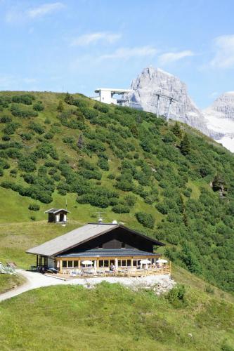 Berggasthaus Edelweisshütte Ladurns - Hotel - Fleres