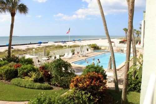 Sand Castle I-206 Apartment - Indian Rocks Beach, FL 33785