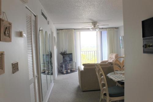 Quiet Waters 3d Apartment - Indian Rocks Beach, FL 33785