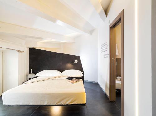 Фото отеля Duomo Suites & Spa