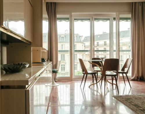 Furnished Apartment near Eiffel Tower impression