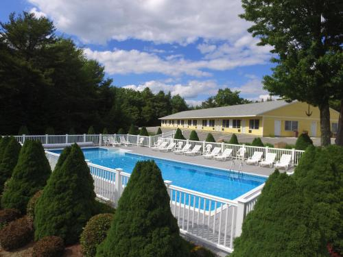 High Seas Motel - Bar Harbor, ME 04609