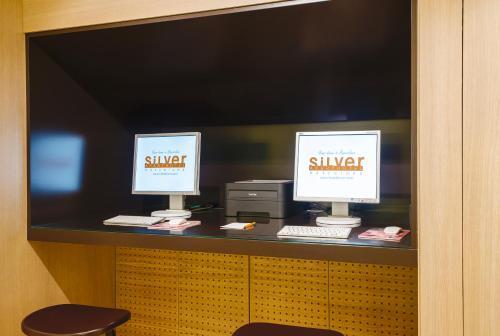 Aparthotel Silver photo 40