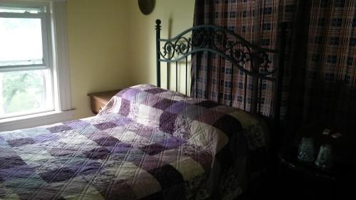 Фото отеля Harbor House Bed and Breakfast