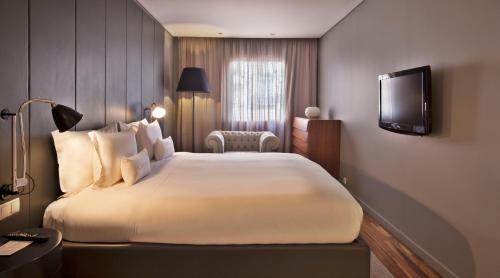 Altis Prime Hotel photo 48