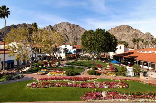 49499 Eisenhower Dr, La Quinta, CA 92253, United States.