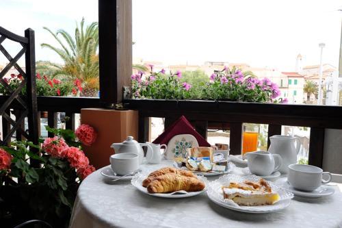 . Lina Hotel