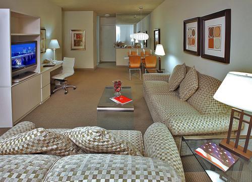 Georgetown Suites - Washington, DC 20007