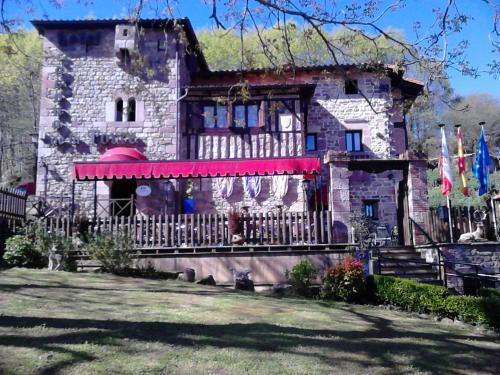 Accommodation in Ruente