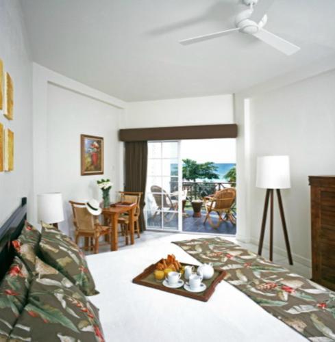 Coyaba Beach Resort фотографии номера